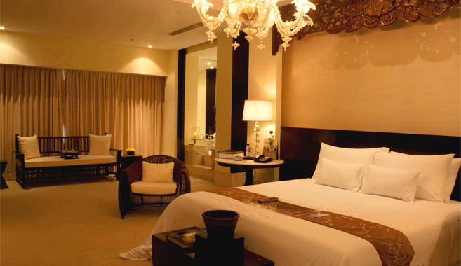 Waterfront_Cebu_C10_ Presidential_Suite_1