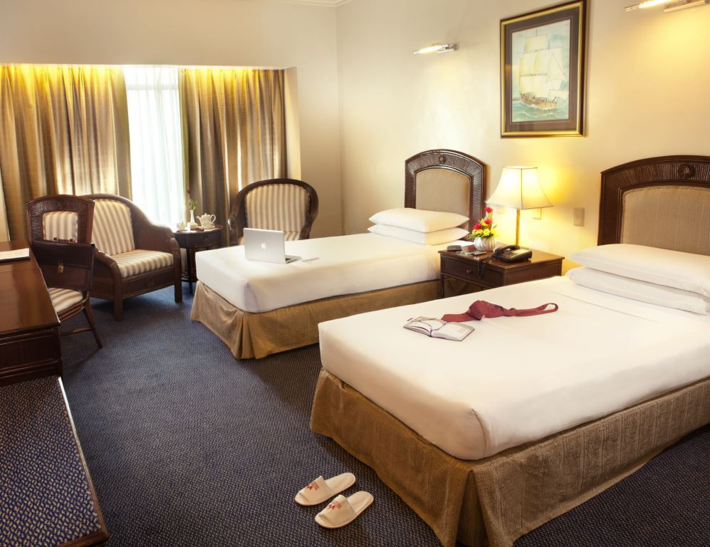 Waterfront_Cebu_C1_ Superior_Room_3